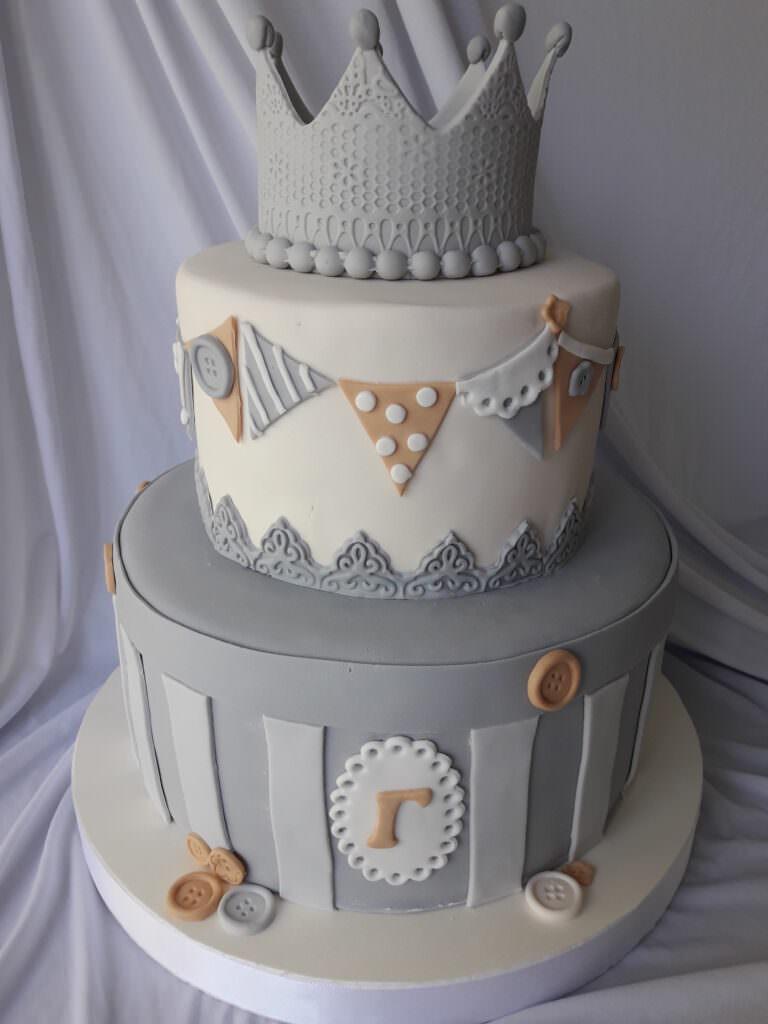 Детский торт с короной
