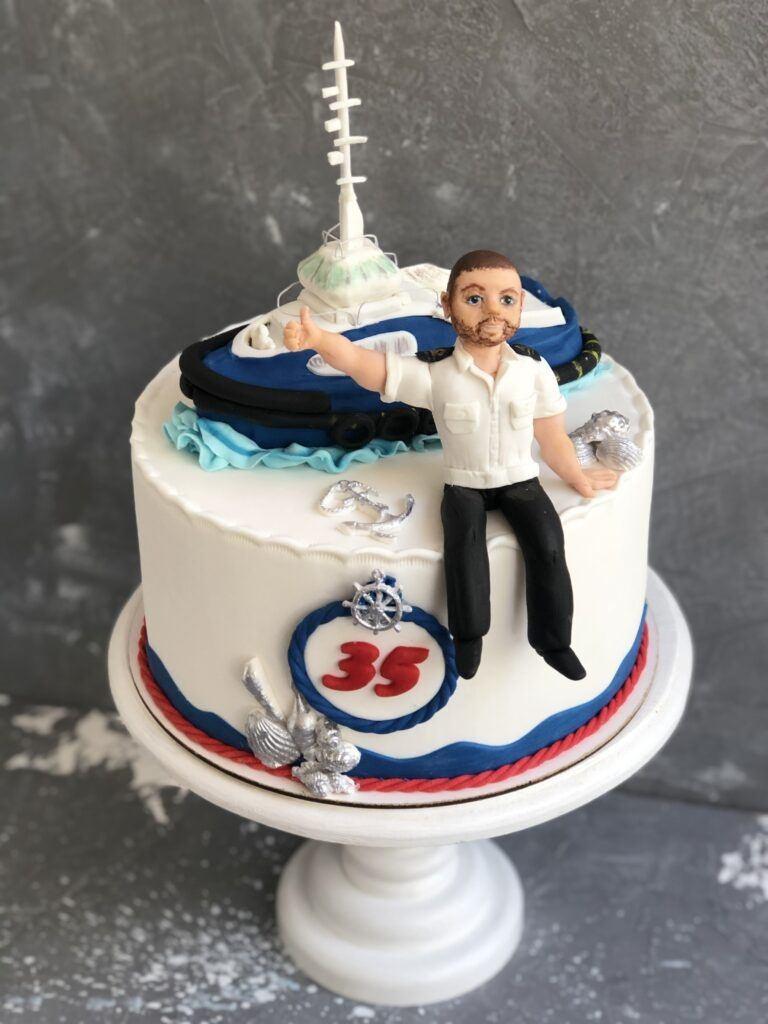Праздничный торт для моряка (портретная лепка)
